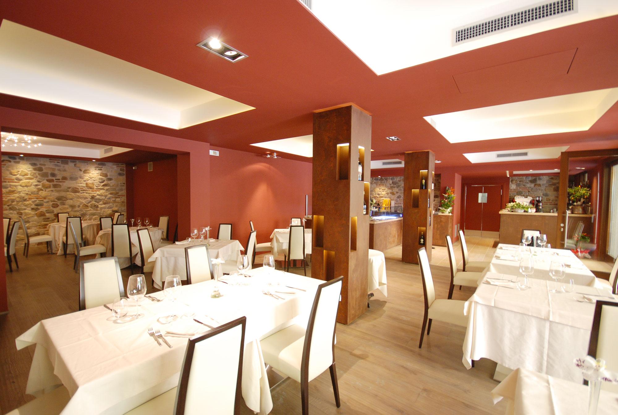Arredamento ristorante moderno e luminoso a Verona, GM Group