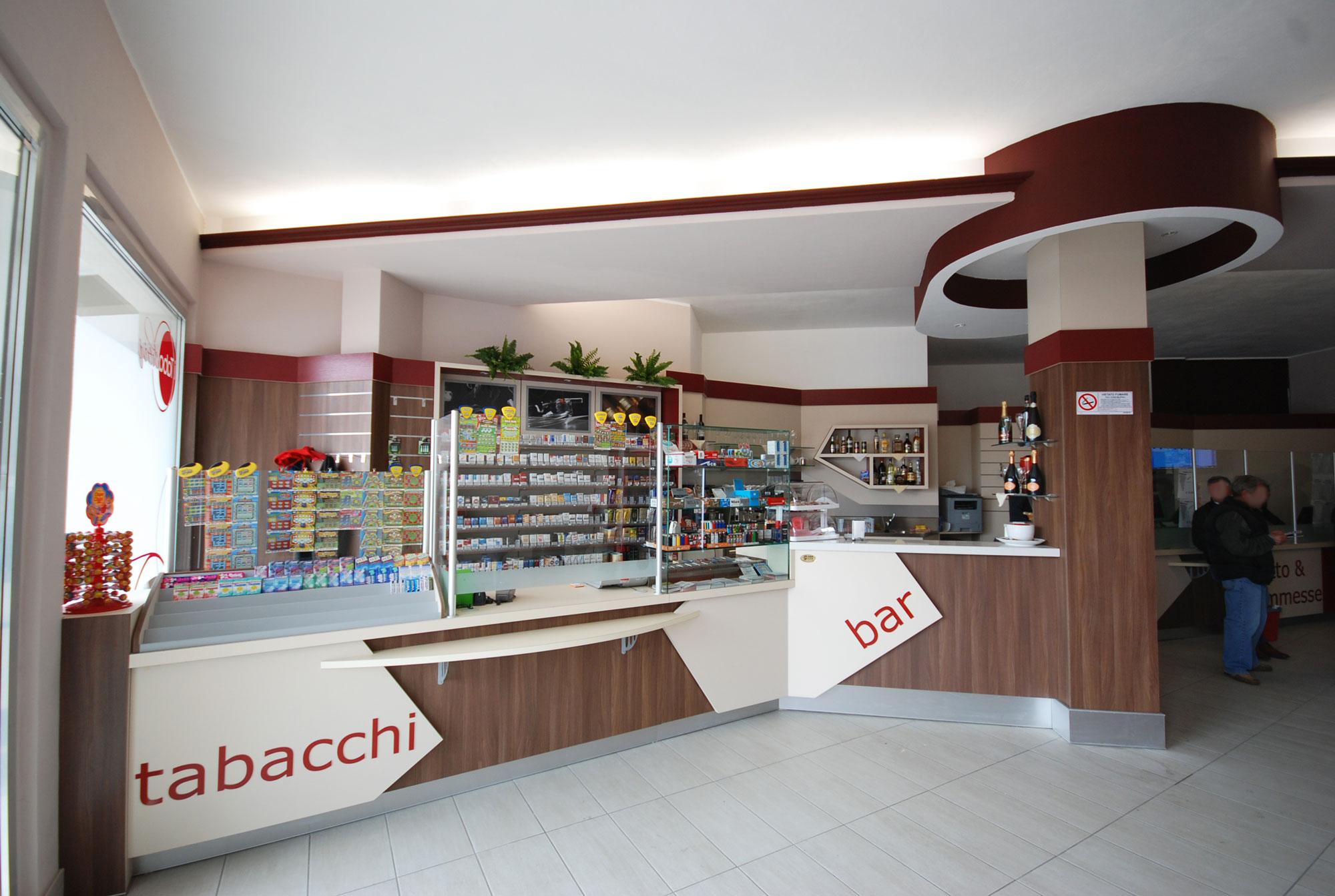 Arredamento contract per bar tabacchi a milano gm for Arredamenti per bar tabacchi